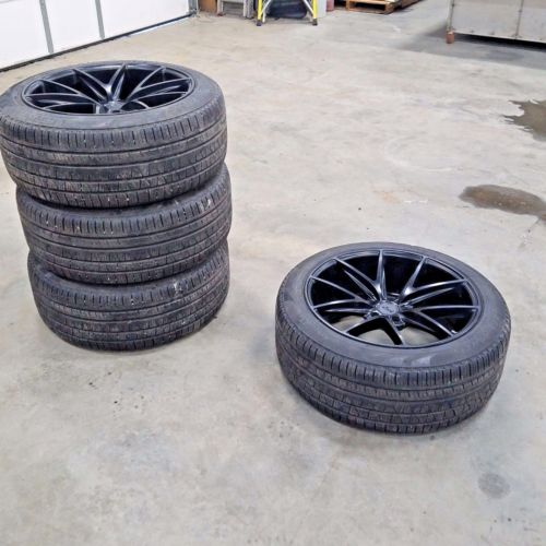 RANGE Rover tires